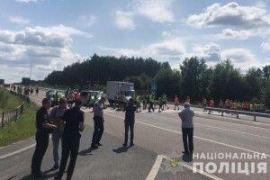 Рух на дорозі «Київ-Ковель-Ягодин» повністю відновлено