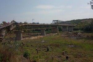 Бойовики блокують відновлення мосту в Станиці Луганській