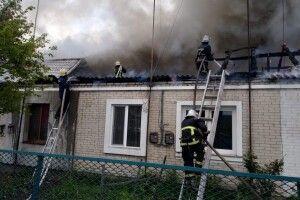 Пожежу в Рожищі гасили 40 пожежників і 8 пожежних автомобілів (Фото)