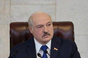 Лукашенко розповів білоруським онкологам, що коронавірусом можна лікувати рак
