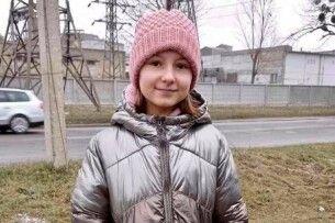 Величезне журналістське «ДЯКУЮ!» дівчині-колядниці з Рівненщини
