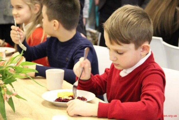 На харчування школярів Камінь-Каширщини передбачено 40 мільйонів гривень