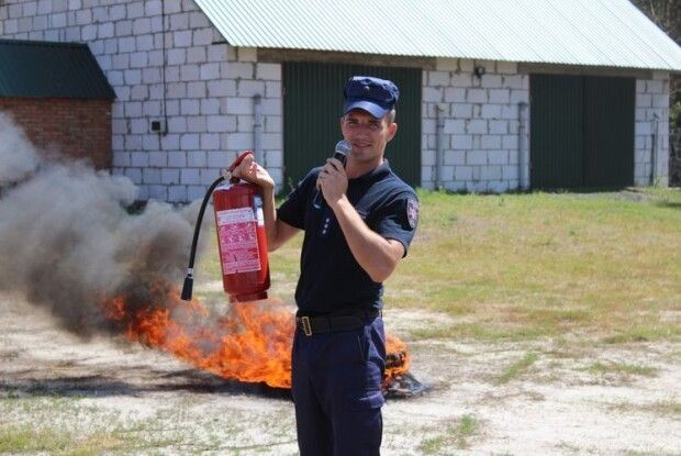 У Маневицькому районі рятувальники гасили «пожежу» разом з вихованцями християнського табору