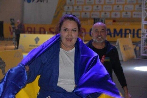Українка Анастасія Сапсай везе додому «золото» Чемпіонату світу із самбо