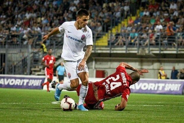 Назарія Русина та Віктора Скрипника визнали найкращими гравцем і тренером УПЛ в серпні