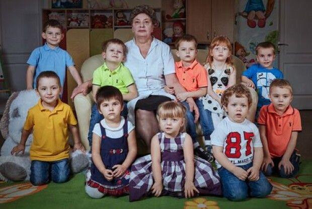 Вона врятувала 69 вихованців Луганського будинку дитини, яких бойовики намагались вивезти у Росію