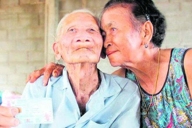 «Юна» 70-річна дружина у… 128-літнього чоловіка!