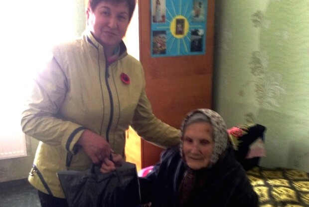 Ветеранам Ковельщини вручили святкові пакунки