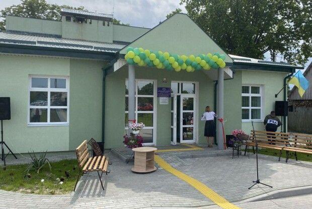 У Залізниці на Камінь-Каширщині відкрили нову амбулаторію