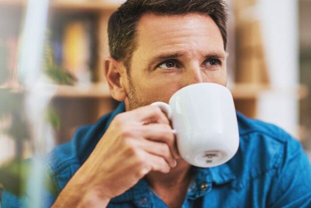 Спочатку сніданок, потім кава: чому не можна кавувати натще