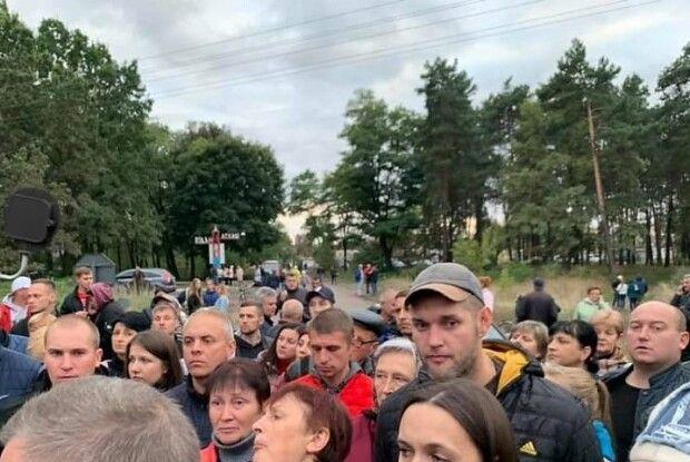 Чи звільнять очільника поліції за розгін учасників блокування вагонів із російським вугіллям? (Відео)