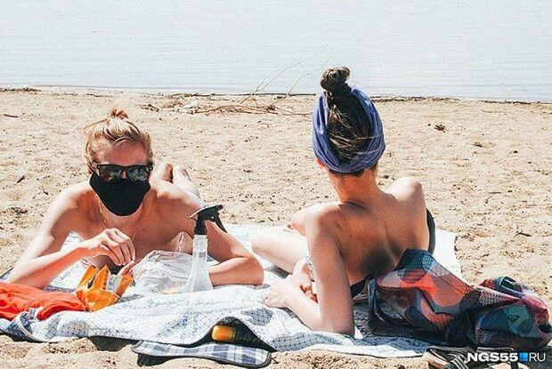 Як не заразитися коронавірусом на пляжі