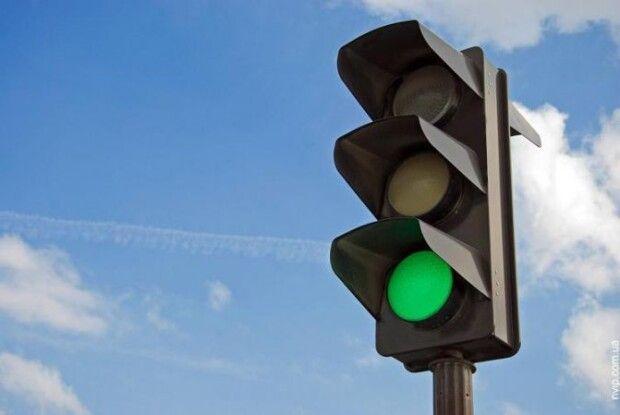 Лучани просять міськраду підморгнути зеленим на перехресті Конякіна і Федорова