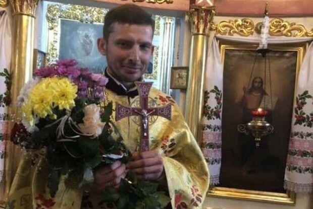 На Волині дорослі й дітвора принесли дари для свого священника