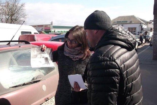 Рожищенським таксистам чиновники розповіли історію... таксі