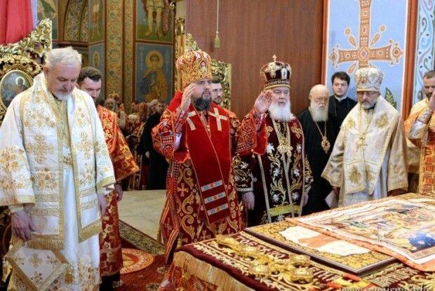Філарет помолився разом з Епіфанієм у Свято-Михайлівському
