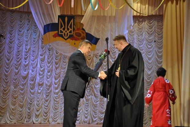 Камінь-Каширського декана нагороджено грамотою Обласної ради