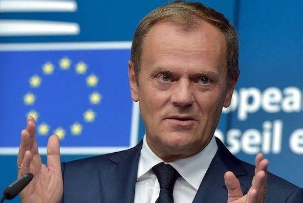 Туск висловив занепокоєння ЄС щодо політичних переслідувань Порошенка