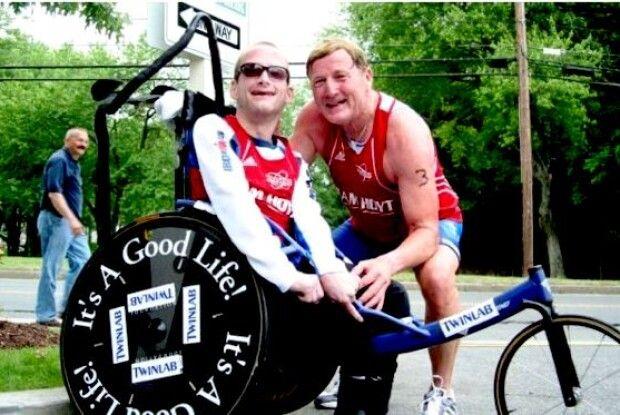 Пробіг сотні кілометрів разом із сином в інвалідному візку