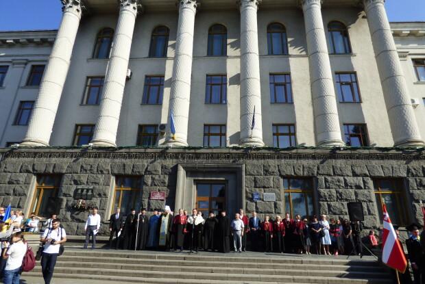 У Лесиному виші прозвучала урочиста присяга студента і клятва медика (Фото, відео)
