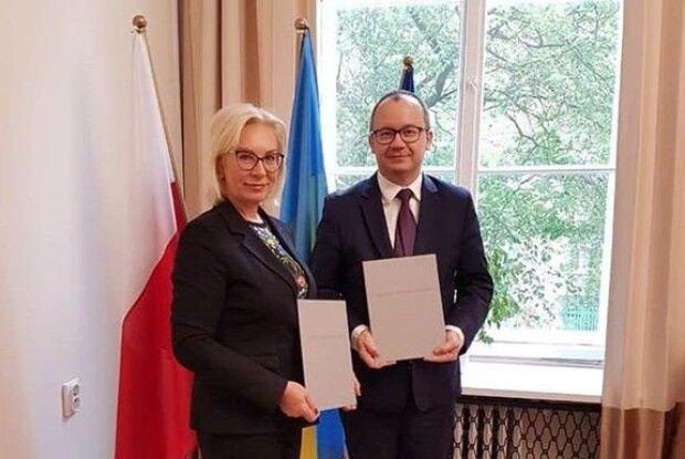 Омбудсмени України та Польщі підписали антиксенофобний договір