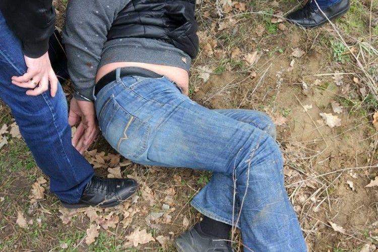 У Володимирі-Волинському «взяли» продавця кокаїну (фото)