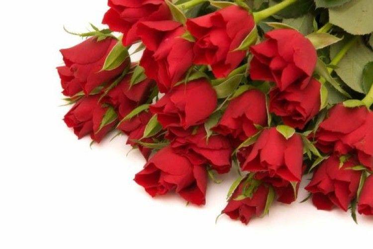 У Києві 15-річний хлопець пограбував квіткарню – хотів подарувати коханій оберемок троянд