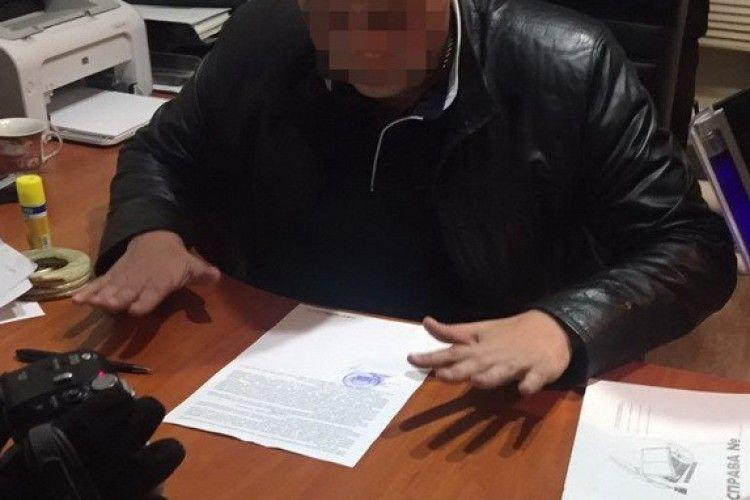 На Одещині на хабарі викрили слідчого поліції