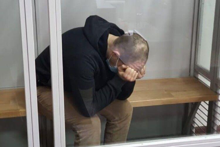 32-річний вінничанин одержав довічне ув'язнення за вбивство своєї родини: матері, ексдружини та двох малолітніх дітей (Відео)
