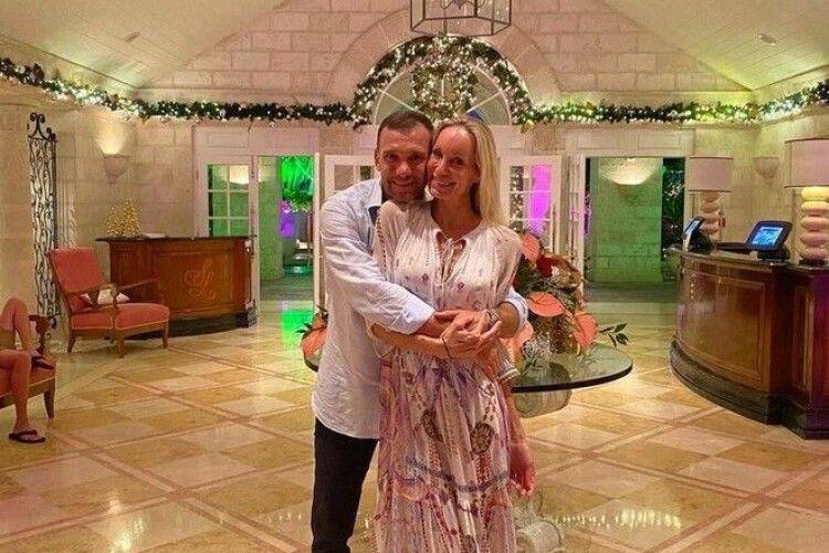 Шевченко зворушливо привітав дружину із 17-річчям весілля (Фото)