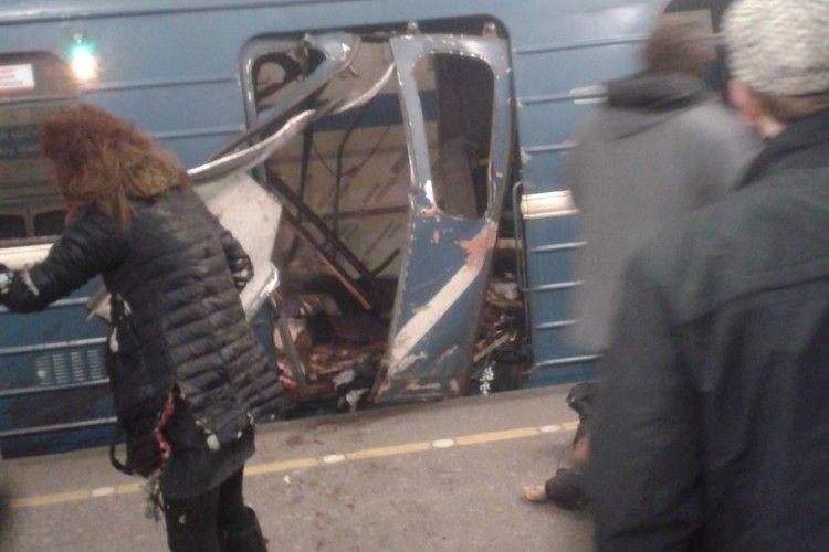 У Санкт-Петербурзі – вибух у метро, повідомляють щонайменше про 10-х загиблих