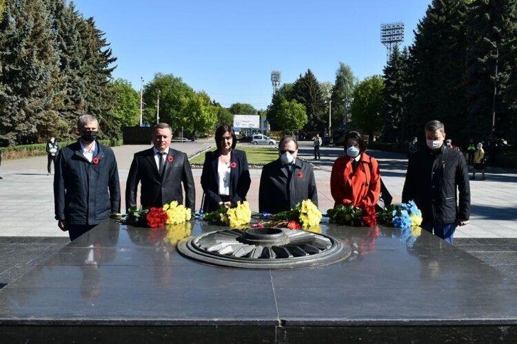 На Меморіалі очільник Волині вшанував пам'ять полеглих у ІІ Світовій війні