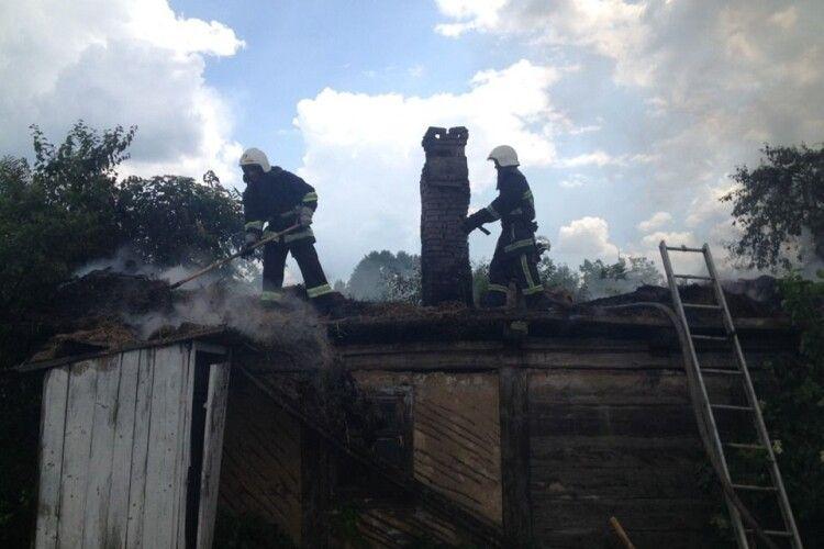 У Новомалині – пожежа на Революційній вулиці (фото)