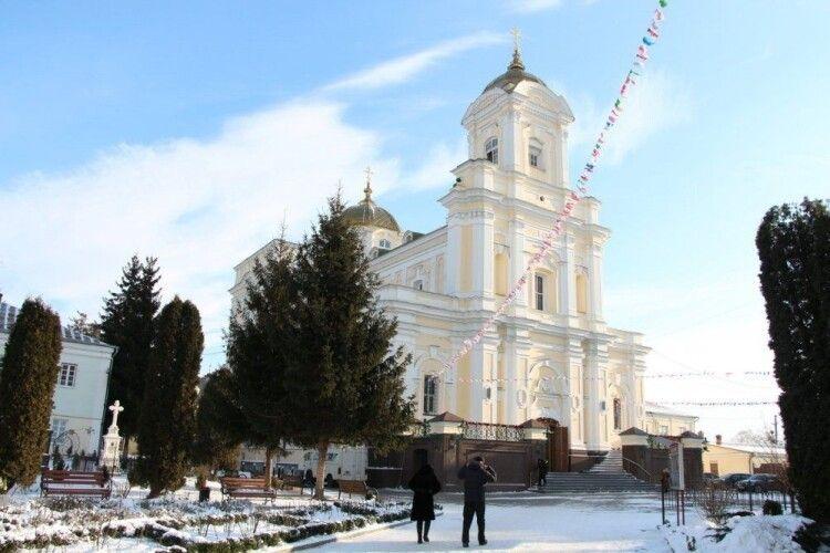 Відомий розклад богослужінь на Різдво у соборі Святої Трійці