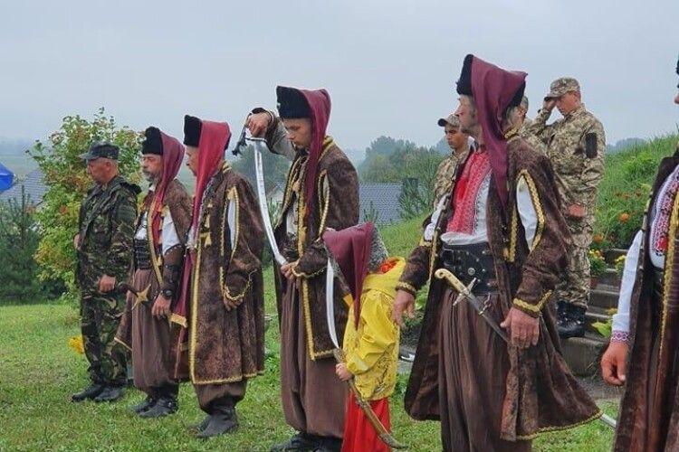 У селі біля Луцька відкрили музей-скансен із криївкою УПА
