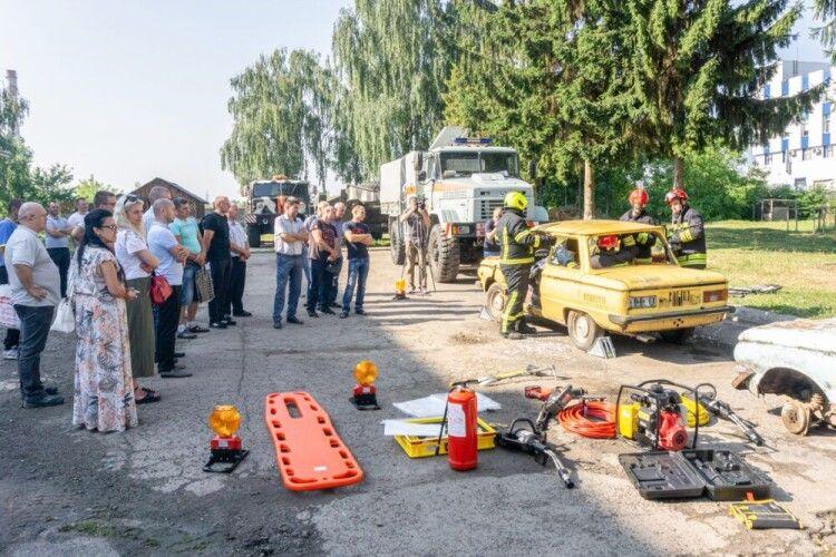 У Луцьку провели майстер-клас для добровольців-рятівників з 15 громад