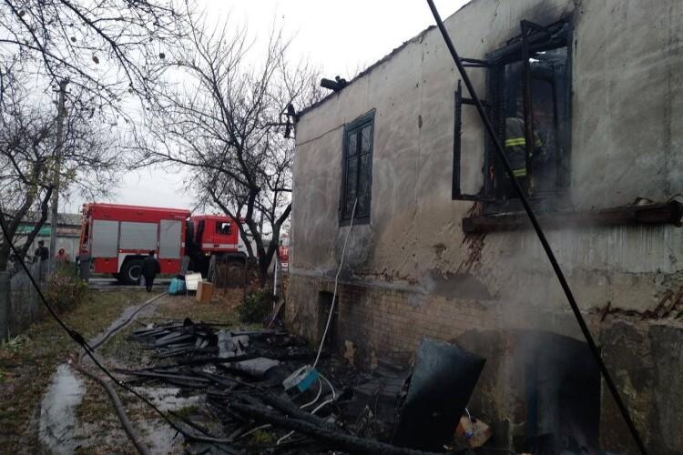 Через пожежу 5 сімей на Рівненщині залишилися без даху над головою