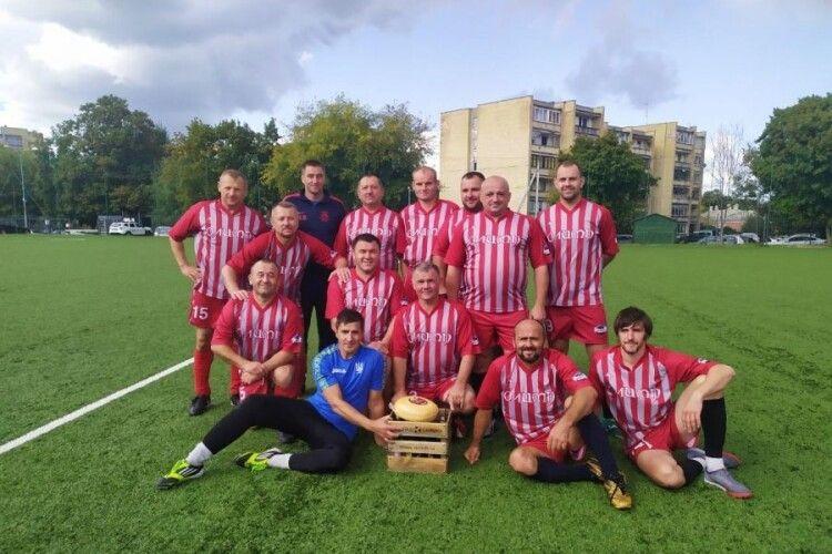 Футболісти із Каменя-Каширського привезли «золото» з Литви