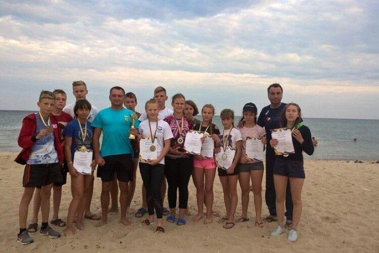 Волиняни здобули «бронзу» на Всеукраїнських іграх з пляжної боротьби