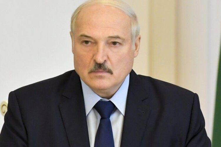 «Понаїхали з Голландії, України»: Лукашенко про вуличні протести