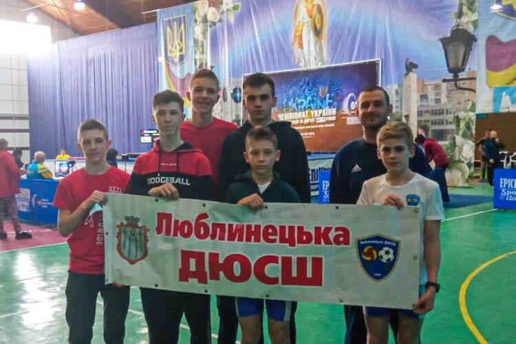 Волинські важкоатлети привезли 9 медалей з чемпіонату України