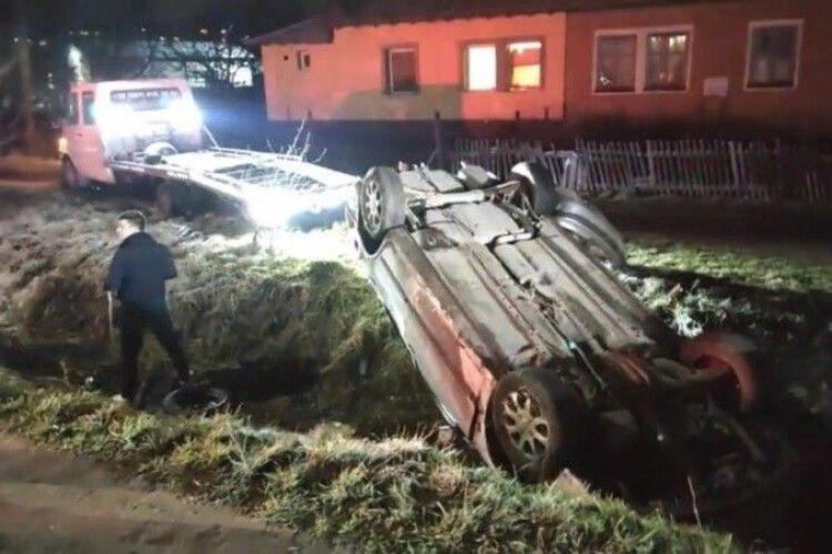 Волинянин, який з'їхав на Volvo в кювет, був п'яним і перевищив швидкість