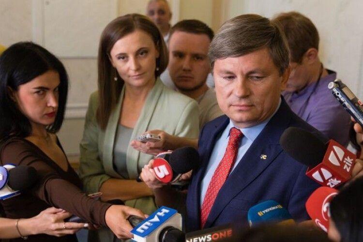 Депутати «ЄС» вимагають від Генпрокурора забезпечити присутність прокурорів у Апеляційному суді по Павловському