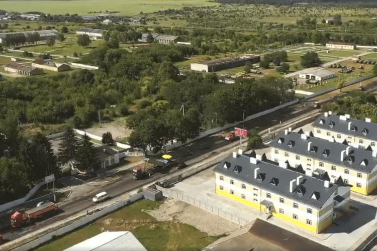 Показали, як будують дорогу у Володимирі-Волинському (Відео)