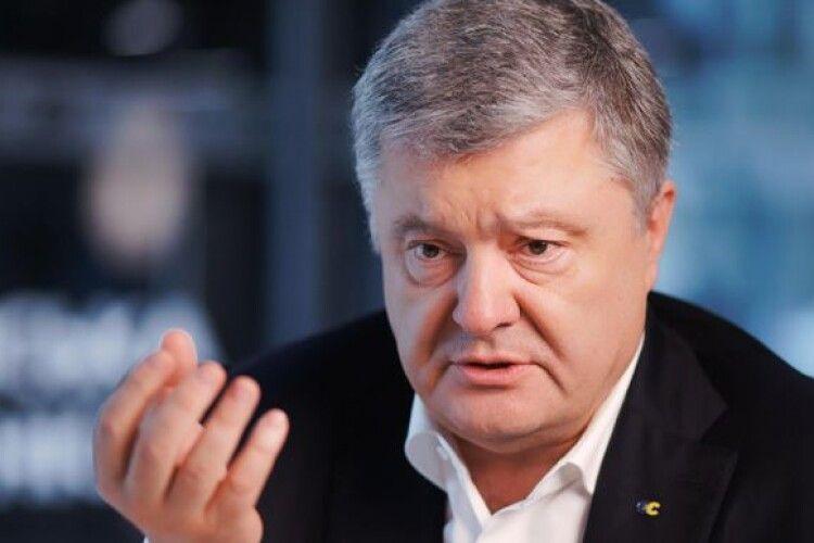 У хворого на коронавірус Петра Порошенка погіршився стан