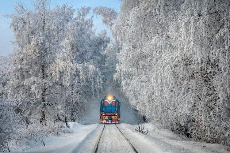 До 8 березня курсуватиме додатковий поїзд Київ-Ковель: графік