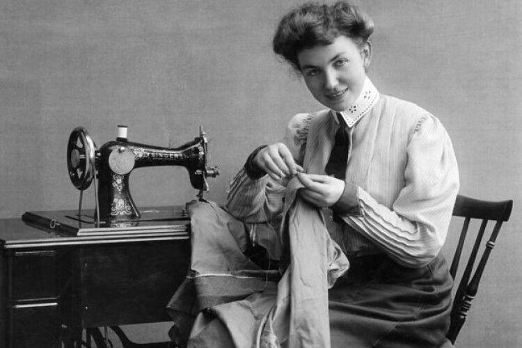 Як жінконенависник  Зінґер випадково полегшив жінкам життя