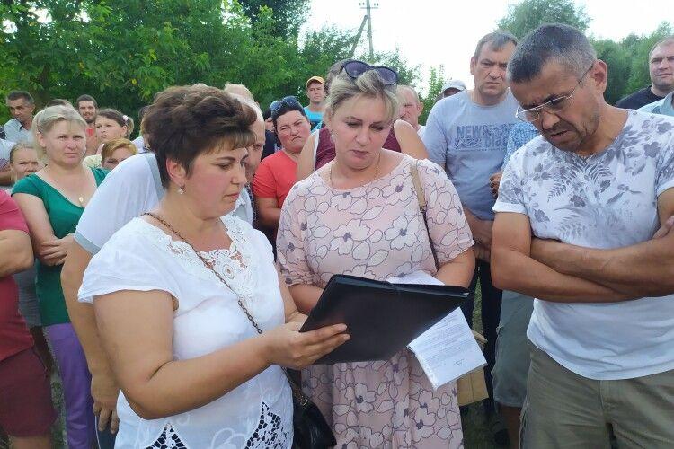 Скандал на Горохівщині: орендар ставка погодився добровільно розірвати договір
