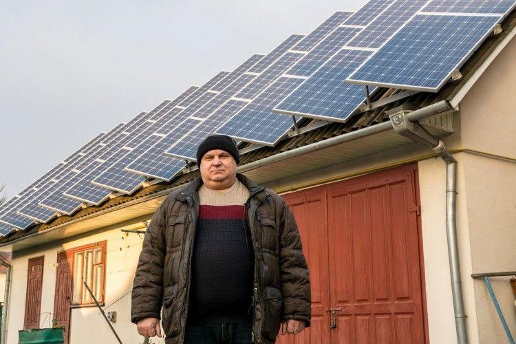 Василь Власюк: «Панелі виставлені строго на південь».