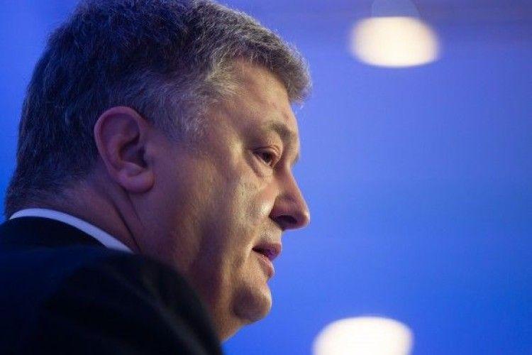 Наступного тижня у справі про держзраду Януковича допитають Порошенка